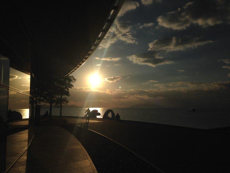 夕日の見える美術館